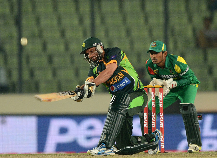 Shahid Afridi -3 Times To Reach half Century In Just 18 Balls